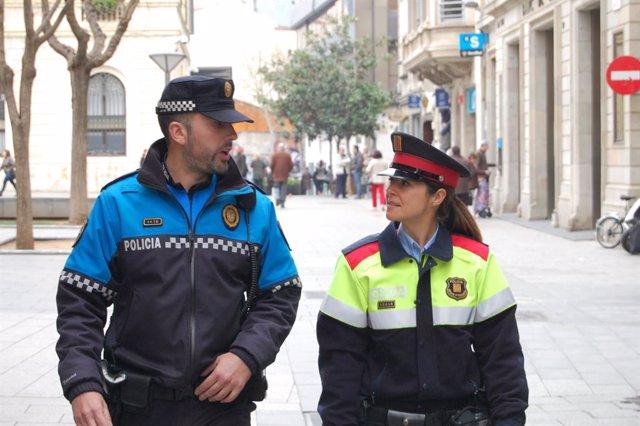 Patrulla de Mossos d'Esquadra i Policía Local de Sabadell (arxiu)