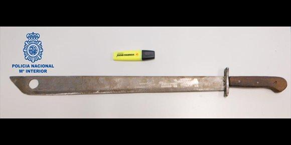 3. Detienen a un hombre por agredir con un machete a su inquilino tras una discusión en Can Pastilla