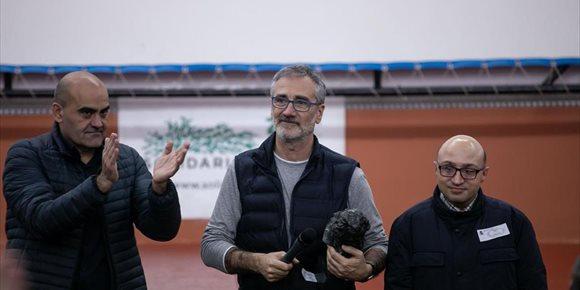 4. El elenco de 'Campeones' visita a los internos del Centro Penitenciario de Sevilla
