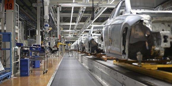 7. Volkswagen Navarra propone que los futuros contratos de los relevistas tengan carácter indefinido