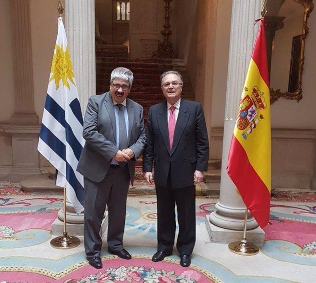 Ariel Bergamino, viceministro uruguayo, con Juan Pablo de Laiglesia, SECIPIC