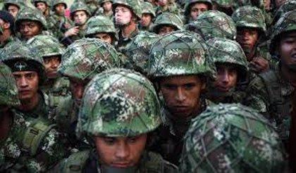 Dos soldados resultan heridos en un ataque con explosivos contra un alcalde de Colombia