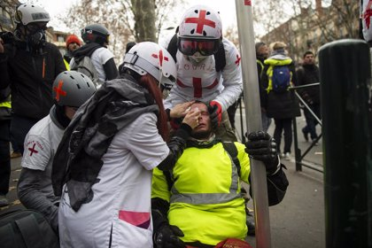 Les 'armilles grogues' recorden els ferits en les protestes durant un nou dissabte de mobilització