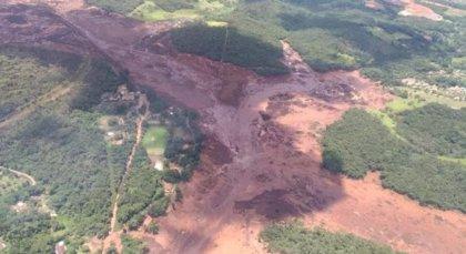 El video que muestra cómo la rotura de la represa la compañía Vale en Brumandinho soprende a los trabajadores