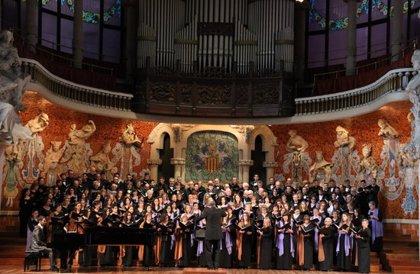 L'Orfeó Català, l'Orfeó Reusenc i la Coral Regina de Manlleu uneixen tradició coral al Palau de la Música