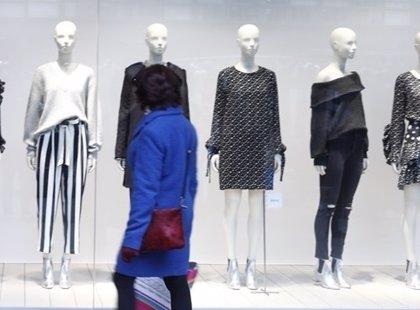 Barcelona no donarà noves llicències durant un any al carrer Girona per evitar la gentrificació