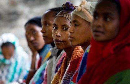 La colaboración entre Amref Salud y Viñas en Etiopía se salda con 32 mujeres intervenidas y 15 sanitarios formados