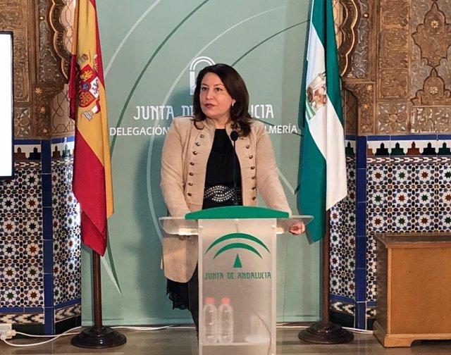Crespo, en rueda de prensa en Almería