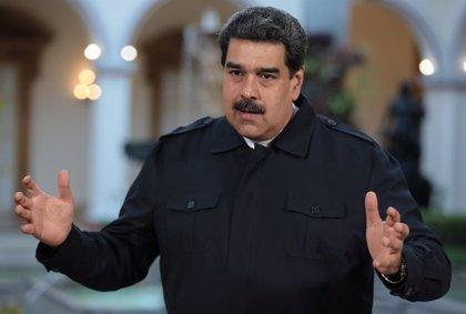 """Maduro ve """"cobarde"""" el apoyo de Sánchez a Guaidó y le avisa de que su manos pueden quedar """"llenas de sangre"""""""