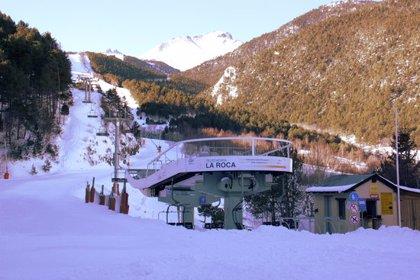 Els municipis del Pallars Sobirà, preocupats per l'avaria al telecabina d'Espot Esquí que ha obligat a tancar l'estació