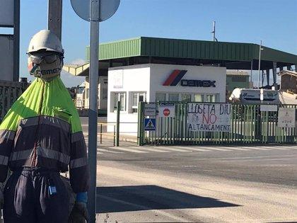 """Treballadors de Cemex asseguren estar rebent """"pressions"""" i """"trucades telefniques"""" des de l'adrea de l'empresa"""