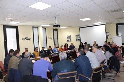 Agentes sociales suman el respaldo de colegios profesionales de Huelva a la marcha por infraestructuras del 15 de marzo