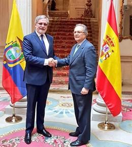 El viceministro de Ecuador Andrés Terán con Juan Pablo de Laiglesia