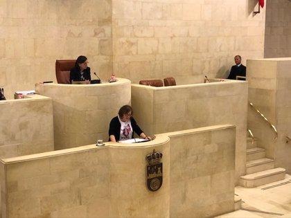 Ordóñez une sus votos a PRC y PSOE para evitar que se apruebe una moción del PP que pedía el cese de Real