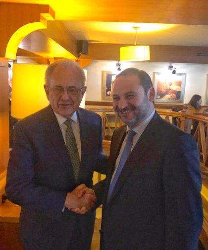 España traslada a México su interés en proyectos como el tren Maya o el plan de carreteras
