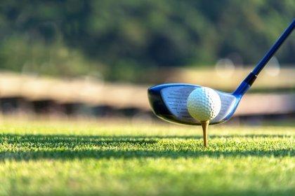 Identifican una consecuencia clínica de jugar al golf