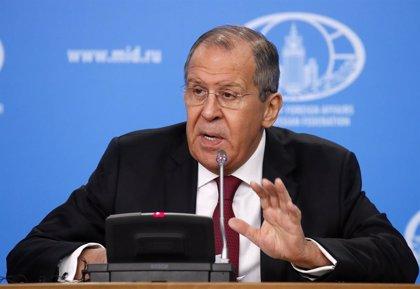 """El canciller ruso ve """"alarmante"""" la situación en Venezuela y defiende un """"diálogo nacional"""""""