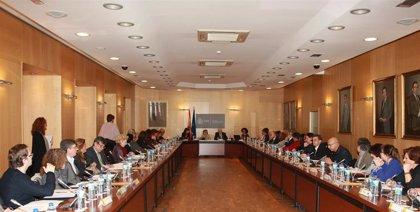 El Pleno de la Comisión Nacional de Coordinación de los Programas de Prevención del VIH se reúne tras 4 años de parón