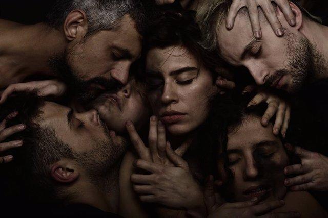 Muntatge teatral 'La dona pantera' a l'Escenari Joan Brossa