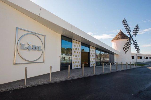 La botiga de Lidl inaugurada a Esplugues de Llobregat aquest dimarts