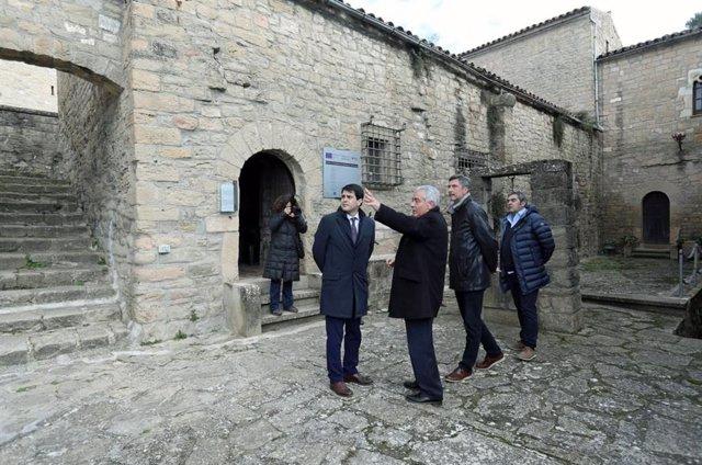 El president de la Diputació de Barcelona visita el Castell de Talamanca