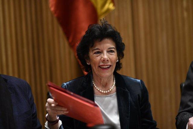 Compareixença de la ministra d'Educació i Formació Professional, Isabel Celaá