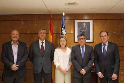 El Colegio de Médicos de Valencia pide al delegado del Gobierno que se amplíe el número de plazas MIR