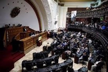 """La Asamblea Nacional aprueba el Estatuto de la Transición para """"recuperar la democracia en Venezuela"""""""