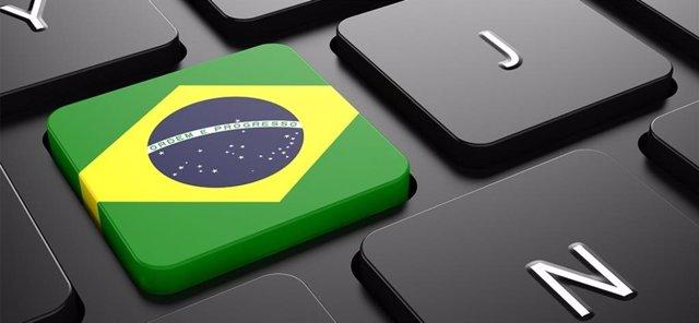 Brasil y Colombia, los países donde la gente pasa más tiempo en internet