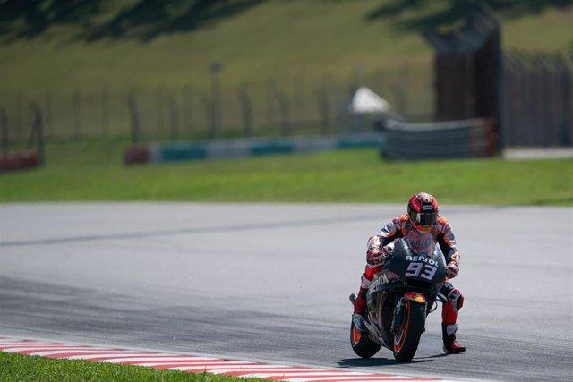 El piloto de MotoGP Marc Márquez (Repsol Honda) en el test de Sepang