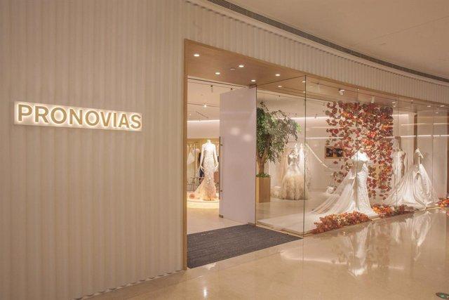 Primer establiment insígnia de Pronovias a la Xina