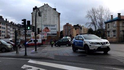 Un hombre resulta herido en un atropello en Oviedo