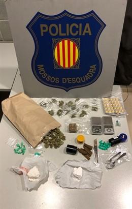 Droga confiscada a un avi i al seu net a Martorell (Barcelona)