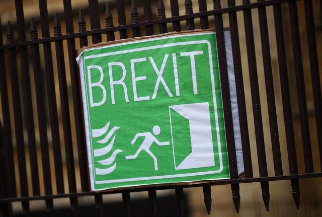 Cartel sobre el Brexit en el Parlamento británico