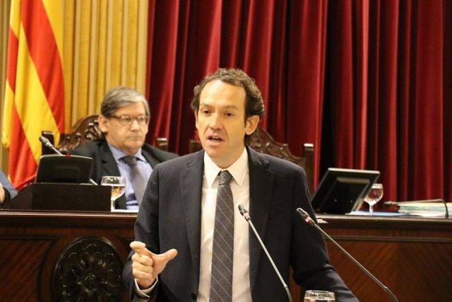 Marc Pons durante el debate de los Presupuestos de su Conselleria