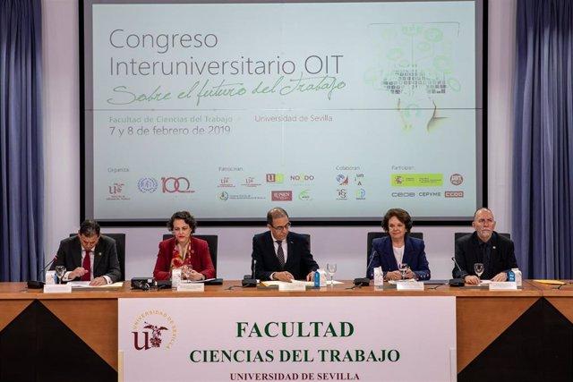 """Magdalena Valerio, inaugura el Congreso sobre """"El futuro del trabajo"""" en Sevilla"""