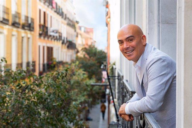 Kike Sarasola, en la nueva sede de Room Mate Group