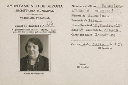 Girona publica els carnets dels treballadors de l'Ajuntament depurats entre el 1939 i el 1940