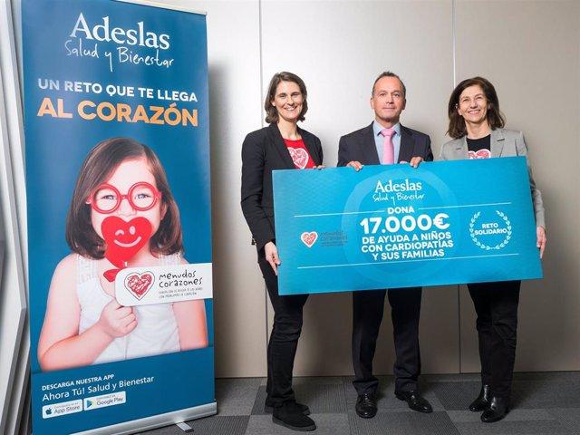 SegurCaixa Adeslas entrega 17.000 euros a la Fundación Menudos Corazones