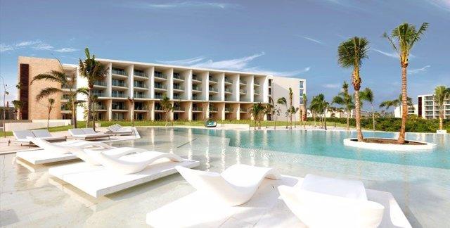 Palladium inaugura dos resort en Costa Mujeres (México)