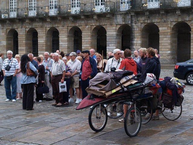 Turistas en Santiago de Compostela (A Coruña)