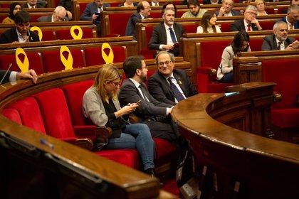 El Parlament rebutja aturar el diàleg amb el Govern espanyol i avançar en la unilateralitat