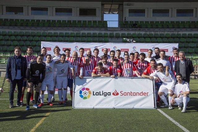 El Atlético de Madrid gana por 5-0 al Real Madrid en el Derbi de las Redacciones