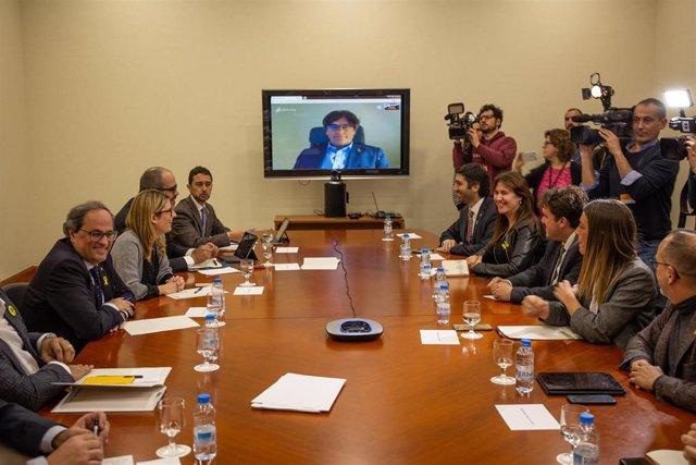 Carles Puigdemont y Quim Torra celebran una reunión estratégica en el Parlament