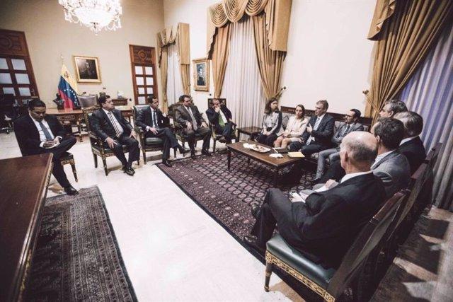 Juan Guaidó reunido con embajadores europeos