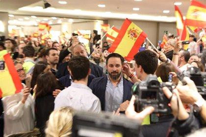 """Abascal llama a """"llenar las calles de Madrid para espantar y echar al okupa de la Moncloa"""""""