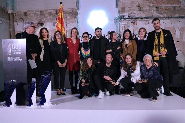 Foto de familia de la clausura de la 080 Barcelona Fashion
