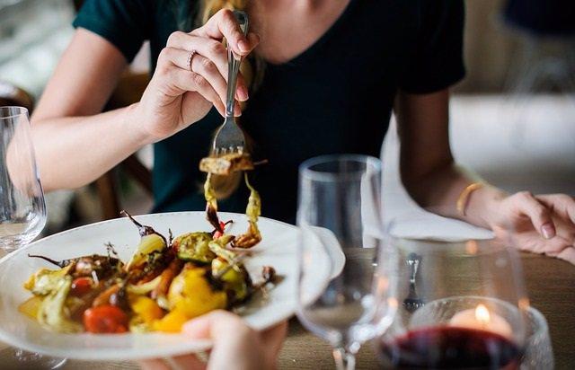 Comer, comiendo, restaurante, comida, verduras, dieta