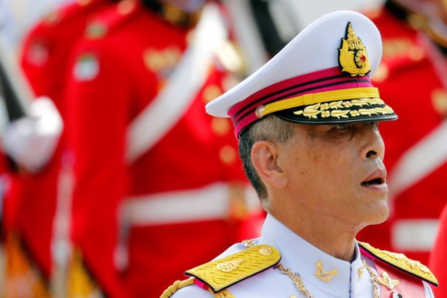 El rey Maha Vajiralongkorn de Tailandia