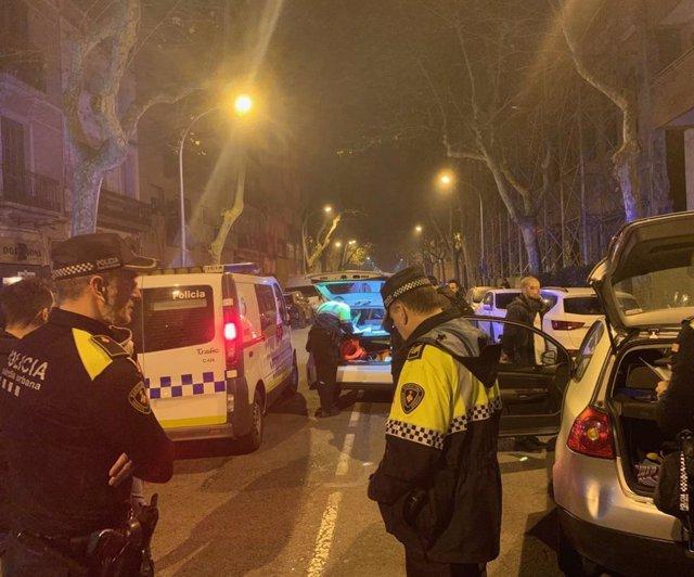 Un detingut al Poblenou per amenaar la seva parella i conduir temerriament